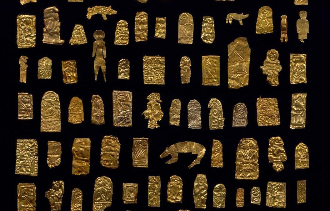 De historiefortællende guldgubber fra Sorte Muld